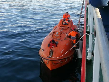 trasferimento del personale dalla stazione Mario Zucchelli alla nave Laura Bassi